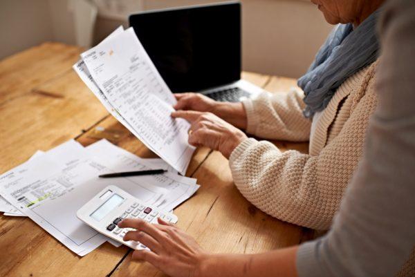 So prüfen Sie Ihren Einkommensteuerbescheid